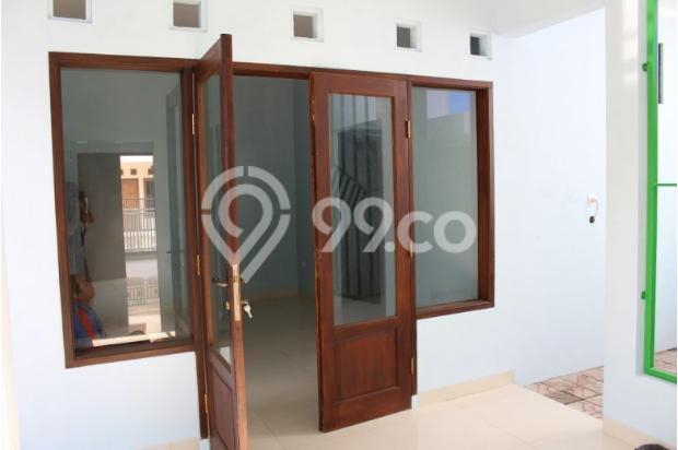 Pintu tengah 7609813