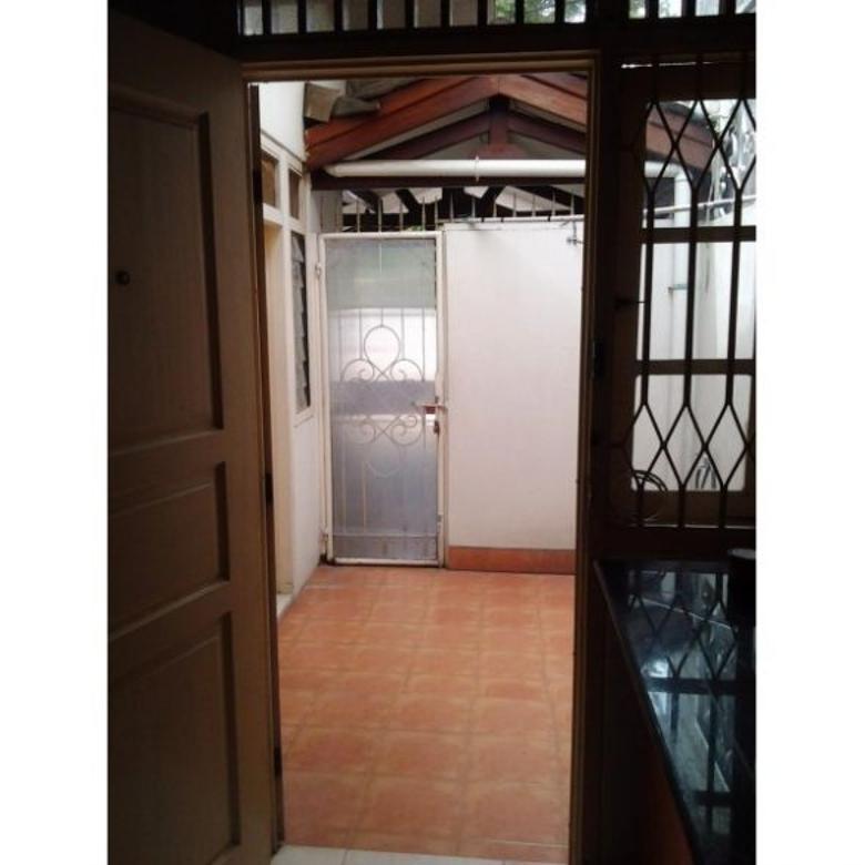 Dikontrakkan Rumah Strategis di Pesanggrahan Permai 5, Jakarta