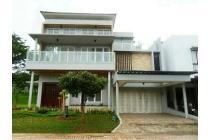 Rumah  Bangunan Mandiri Siap huni with Swimming Pool di Cluster Green Cove