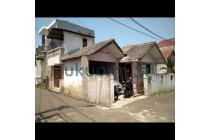 Rumah Cibubur Jakarta timur Dengan ruang keluarga yang luas
