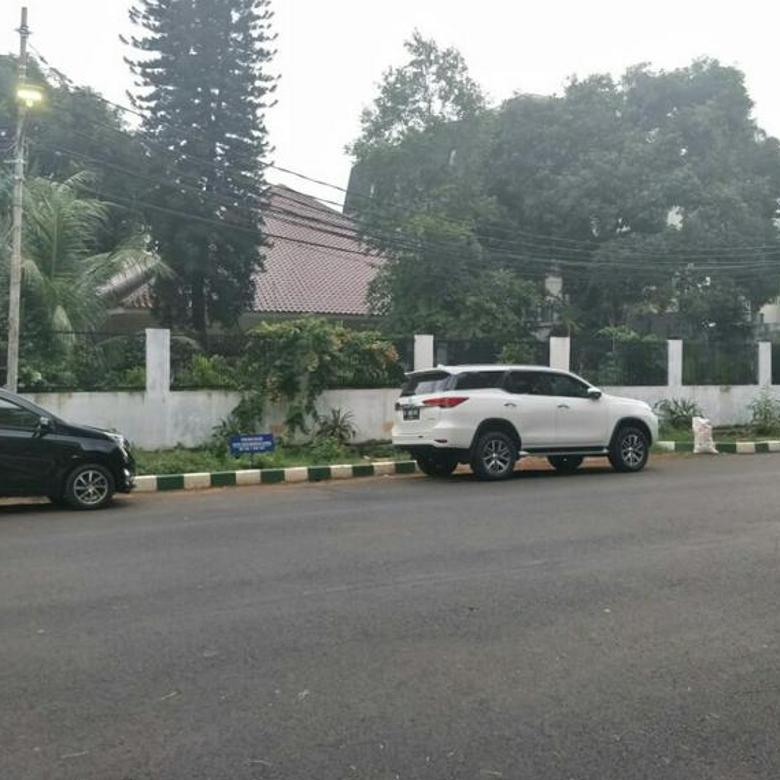 Rumah Tua Harga Miring Patal Senayan Raya