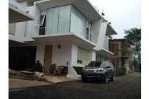 Strategis Infinity Resort Townhouses cibubur type 121/ 180 + Swimming pool