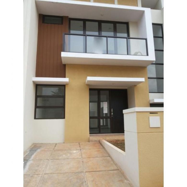 Rumah Baru Laverde 7x15 at Serpong