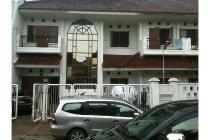 Rumah kos Manyar Rejo