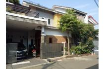 Dijual Rumah Besar 2 Lantai Lokasi Pamulang Tangerang Selatan