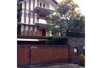Turun Harga 1,4 M !!Rumah keren Setrasari dekat Pasteur Gegerkalong Bandung