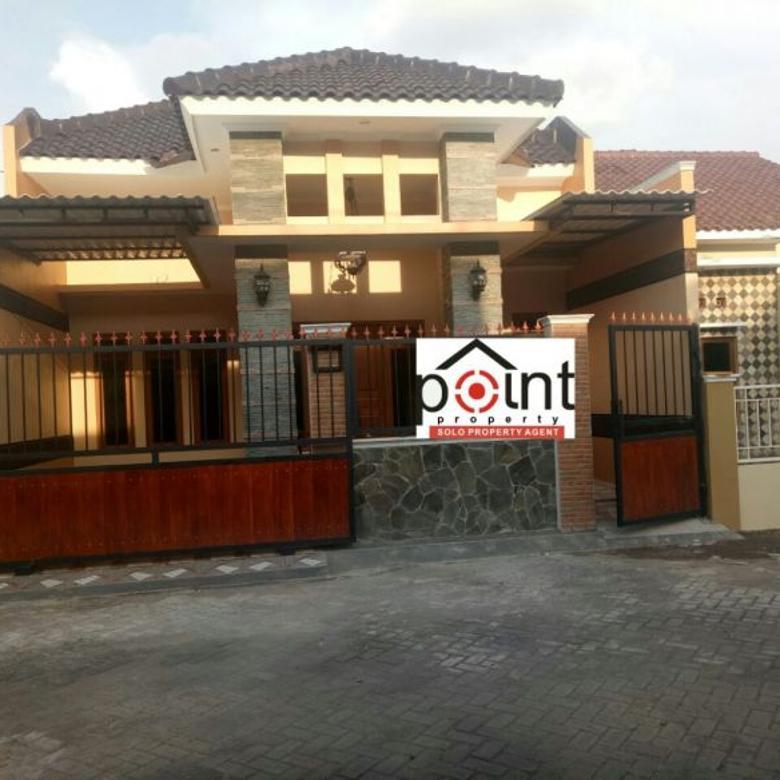 Rumah Hunian Baru Bangunan Bagus di Gentan Sukoharjo