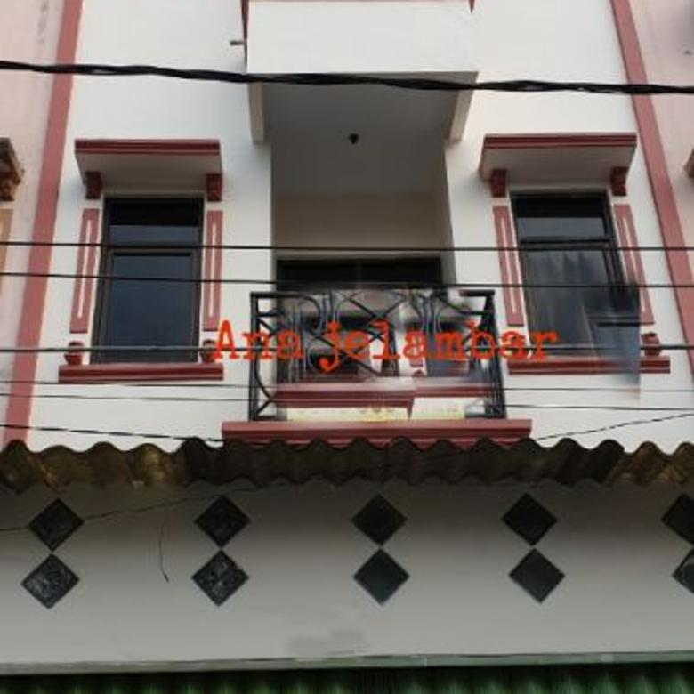 Rumah 4x15m Hadap Utara di Jelambar