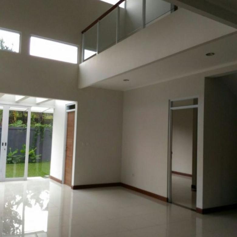 rumah, 3 kt & 3 km setiap kamar ada water heater - setiabudhi regency