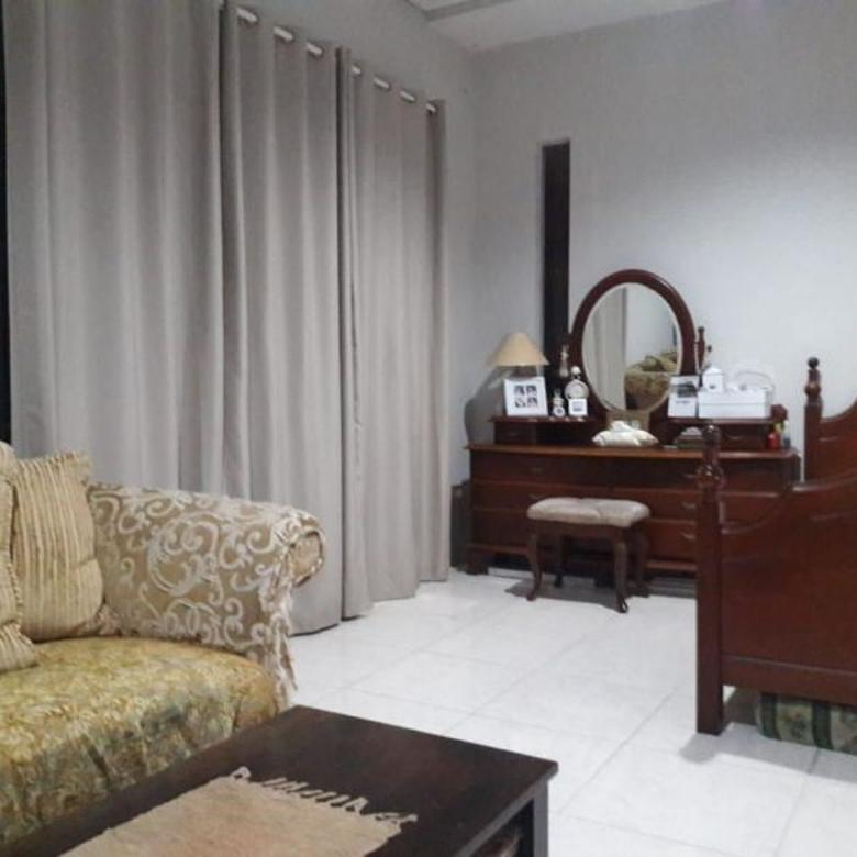 Rumah Hoek Design Minimalis Cozy Cibubur Residence, Cibubur