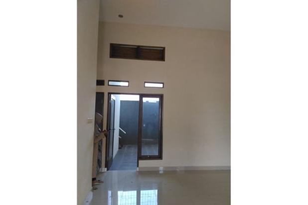 Rumah KPR DP bisa dicicil harga 400 jutaan dekat TOL Jatiwarna 11066024