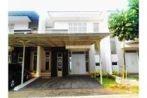 Disewa Rumah Amerika Latin  8 x 18 di Green Lake City, Jakarta Barat