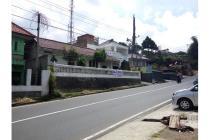 Dijual Villa Nyaman SHM Strategis Jarang Ada di Mainroad Lembang Bandung