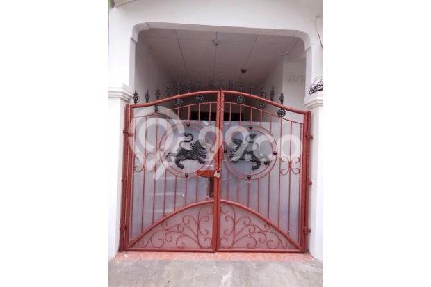 pintu gerbang 13697085