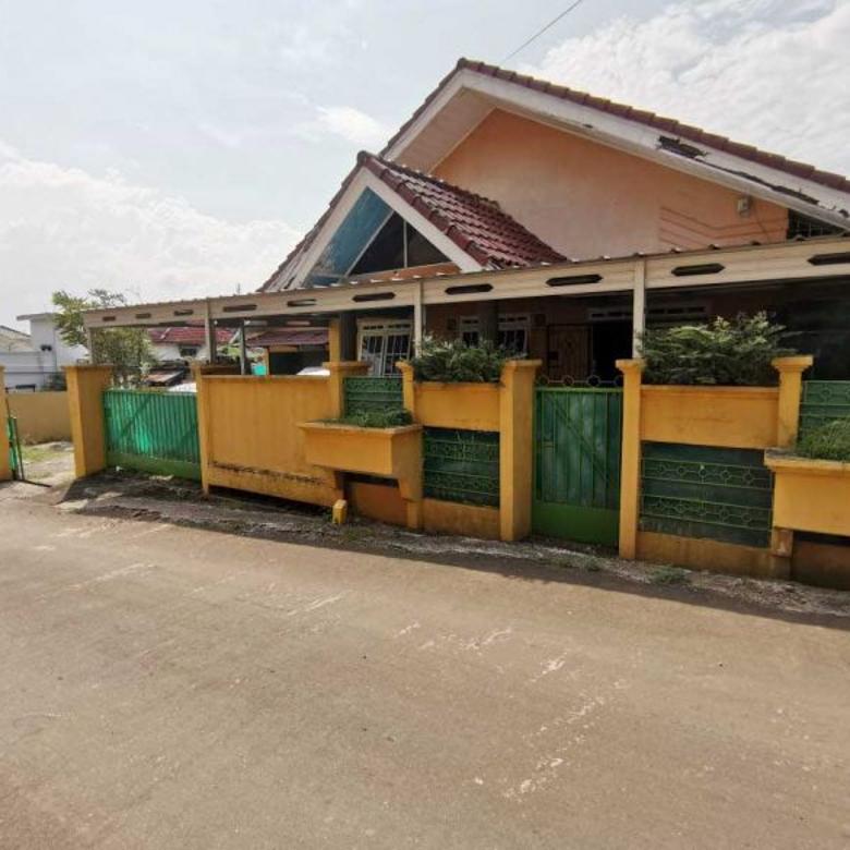 Dijual Rumah di Jl. Lingkar Istana Demang Lebar Daun Palembang