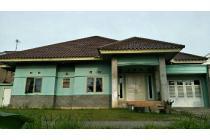 rumah didepan asrama haji