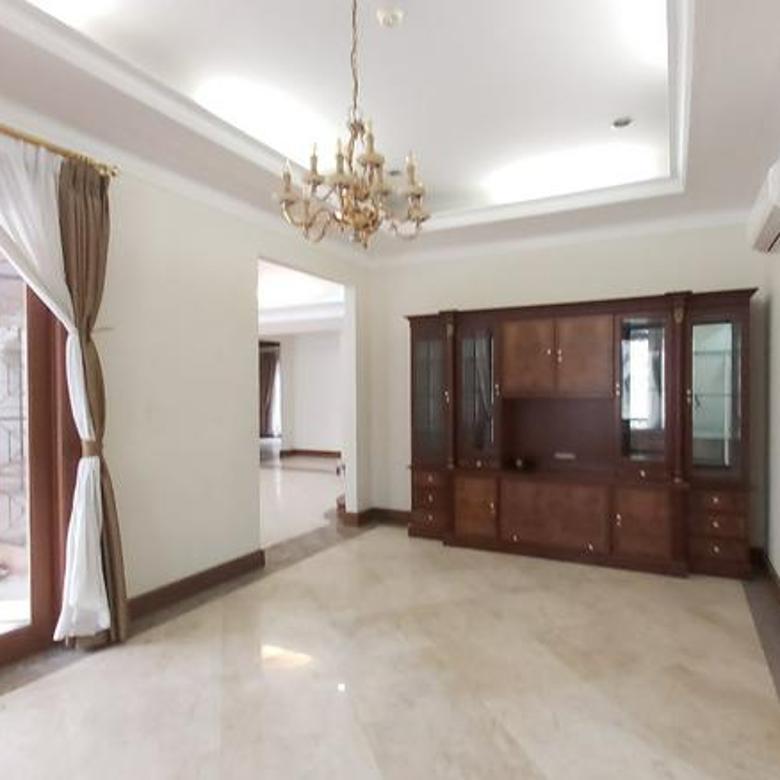 Big Luxury House in Pondok Indah