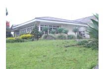 Villa di atas tanah 7000 m2 di Cibodas, Cipanas, Cianjur, Jawa Barat