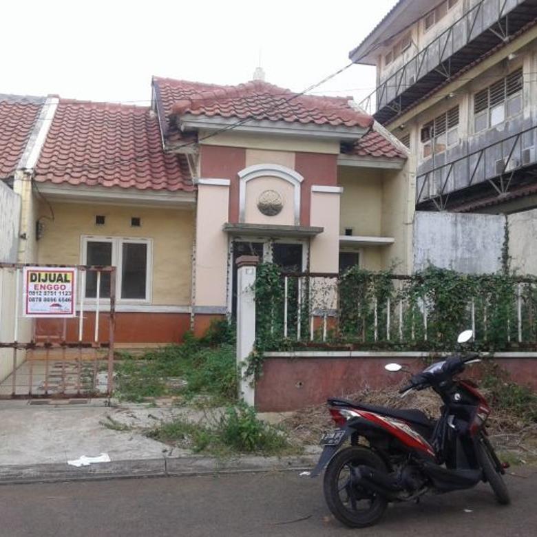 Dijual Rumah Hancur di Bulevard Hijau,499