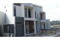 Rumah Konsep Resort 200m Dari Cicaheum