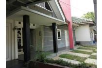 Rumah Kost Strategis  di kawasan Griya Loka, Serpong
