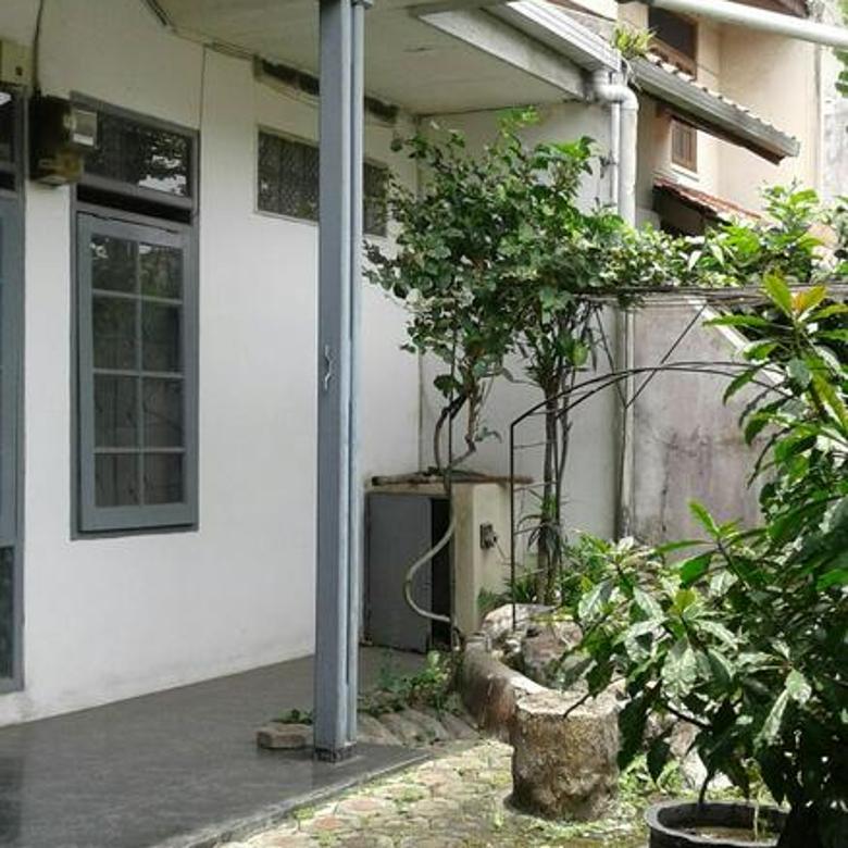 Rumah Bagus Siap Huni Di Taman Holis Indah 1, Bandung .