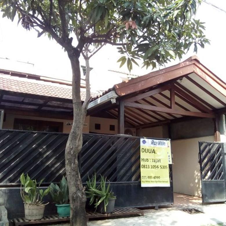 rumah dijual, strategis & nyaman di harapan baru regency