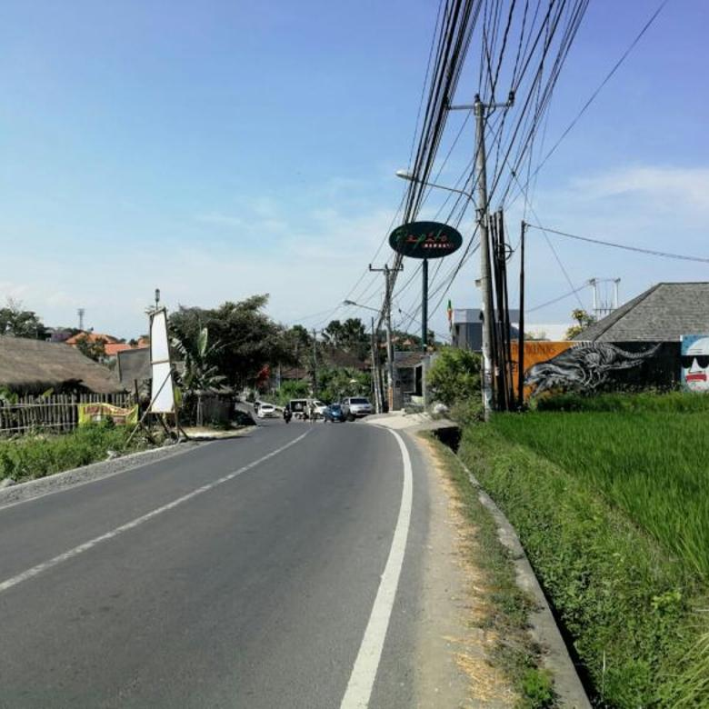 Tanah komersial di jln raya pantai batu bolong canggu, Bali