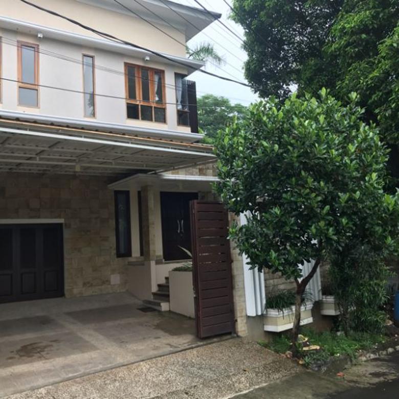 Dijual Rumah Mewah strategis bebas banjir  di Cilandak Jakarta