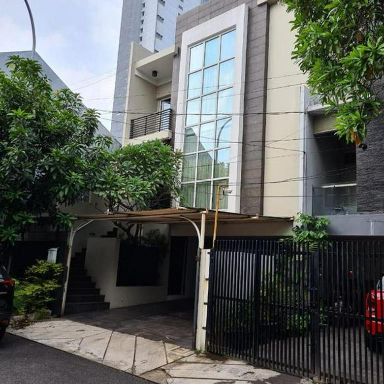 Rumah Villa Pondok Indah Kebayoran Lama, Jakarta Barat