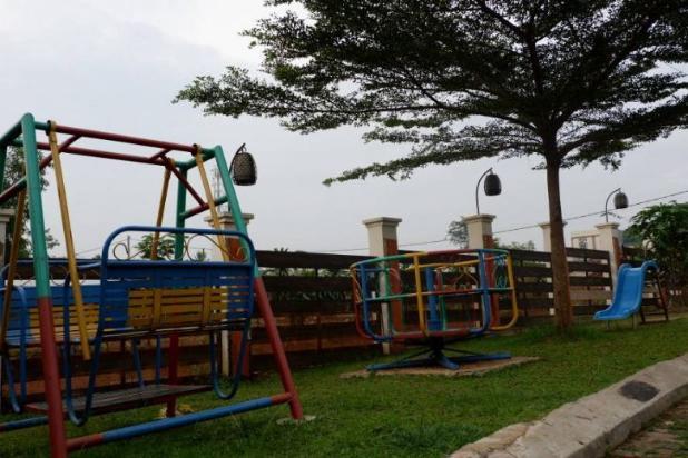Rumah Lokasi Strategis di Pearl Garden Sawangan 13426967