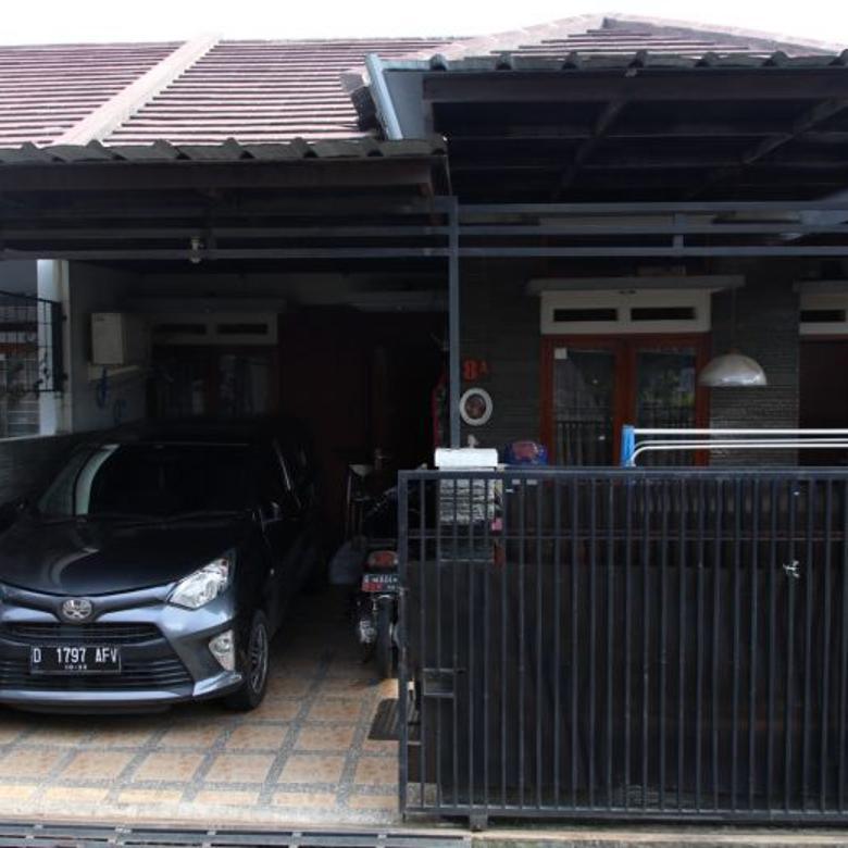 Dijual Rumah daerah Margawangi dalam Perumahan Bandung