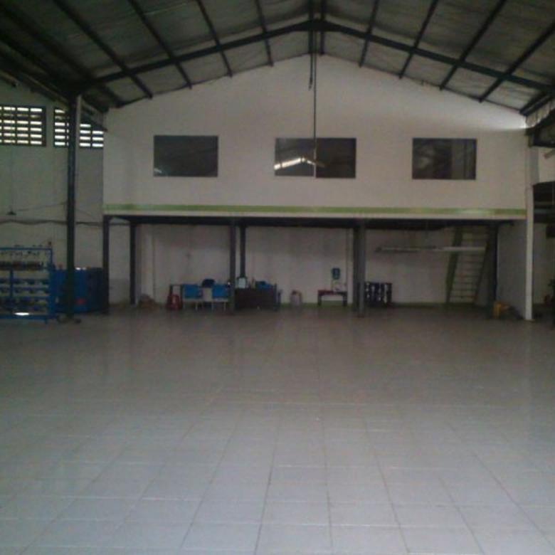 Gudang murah lokasi strategis dan bagus di Cibinong, Bogor - P3.344