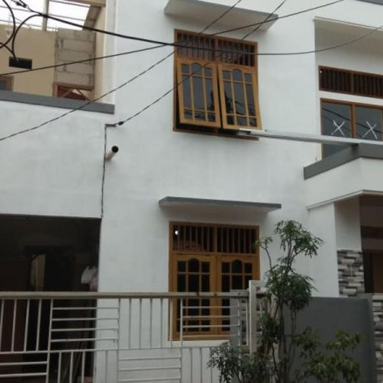Rumah 2 Lantai Pondok Mandala Cimanggis Bebas Banjir