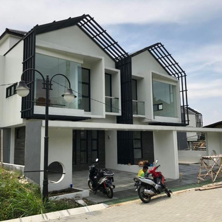 Rumah Sedang Tahap Finishing dalam Komplek Ekslusif