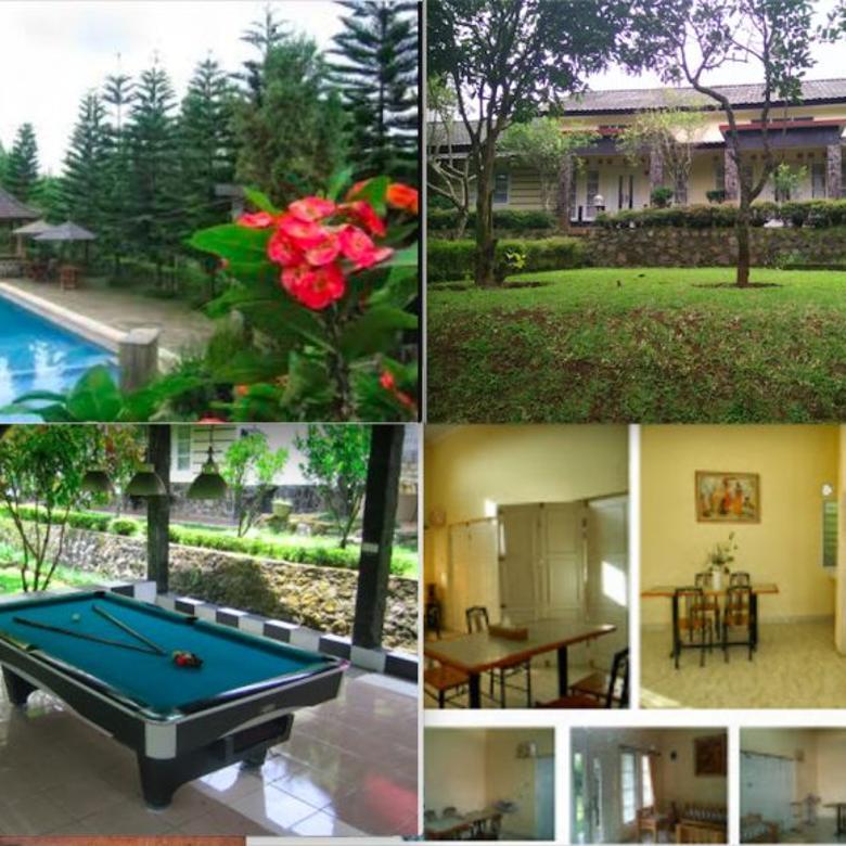 Sewa villa puncak 4 kamar tidur fasilitas kolam renang, billiard, karaoke