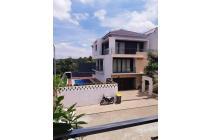 Rumah Komplek Kinaya Residence, Jakarta Selatan Jl. Wisma semar, pondok labu