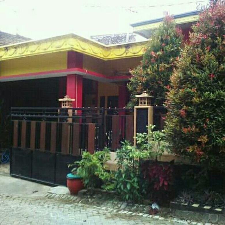 rumah villa plus perabot mewah di wastu asri junrejo batu
