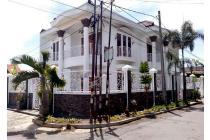 Rumah Besar Mewah 2 Lantai di Pusat Kota Bandung Tubagus Ismail Dago