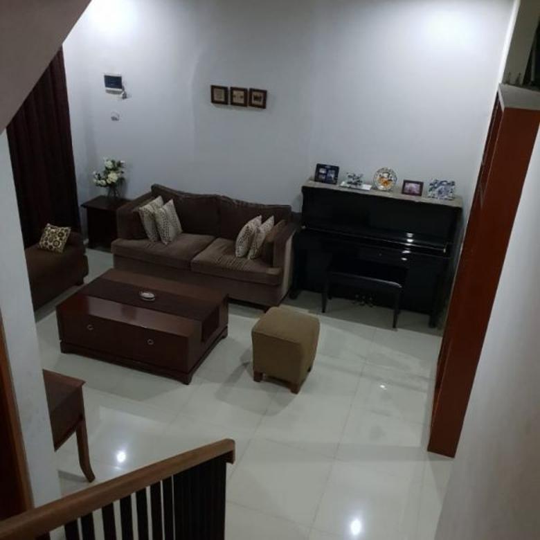 Rumah Minimalis di Pesanggrahan Tangerang