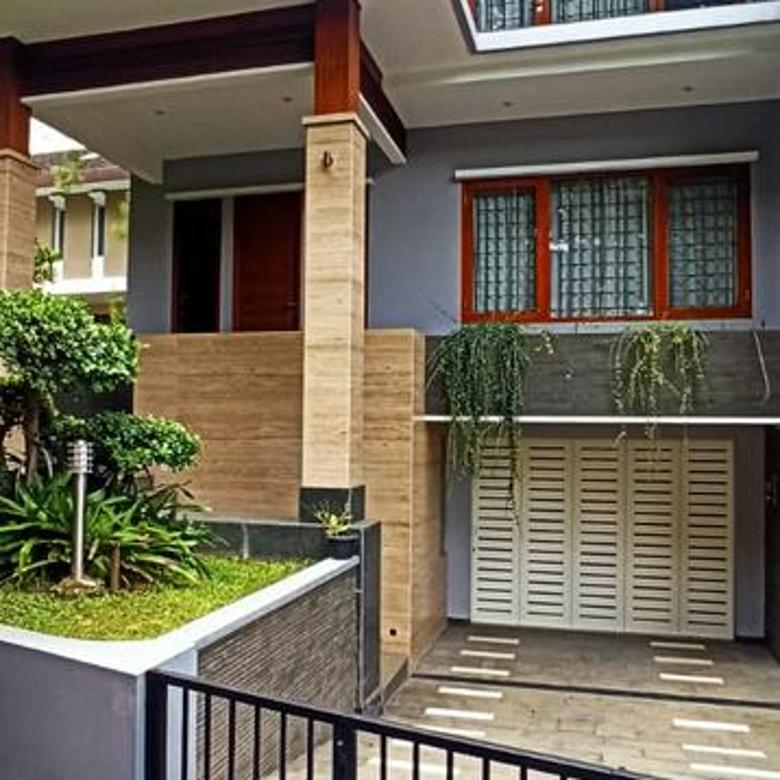 Rumah Asri dan Minimalis di Setraduta Bandung