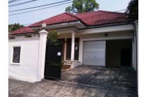 Rumah Lama Dijual di Kemang, jakarta Selatan