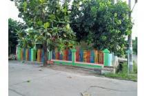 Rumah dan Ruang Usaha, Hoek, Mutiara Gading Timur @ Bekasi