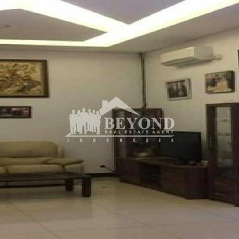 HOT LISTING Rumah aman dan nyaman di Singgasana Pradana cocok untuk keluarga harga NEGO