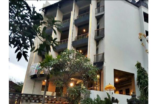 hotel megah istimewa di jln petitenget kuta badung 9556540