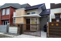Dijual Rumah Baru Strategis di Buana Sari Margacinta Bandung