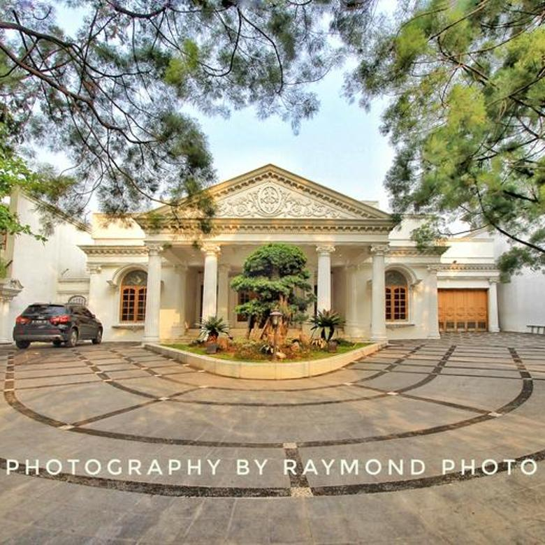 Rumah Pondok Indah Design Classic Collosal Keren abis !!