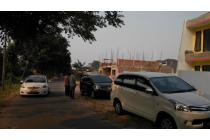 Dijual Tanah Seluas 211 m2 Lokasi di Komplek  Billymoon , Pondok Kelapa
