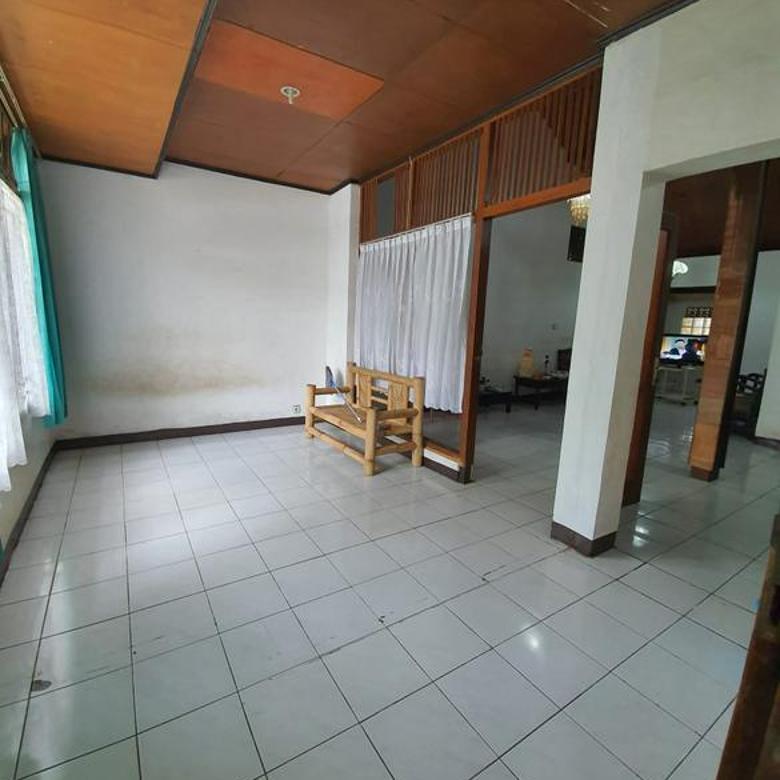 Dijual Rumah 1,5 Lantai di Sayap Ciumbuleuit Kota Bandung