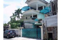 Dijual Rumah Strategis di Sisingamangaraja Candisari, Semarang